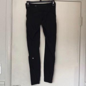 Fleece-lined Lululemon leggings size 4